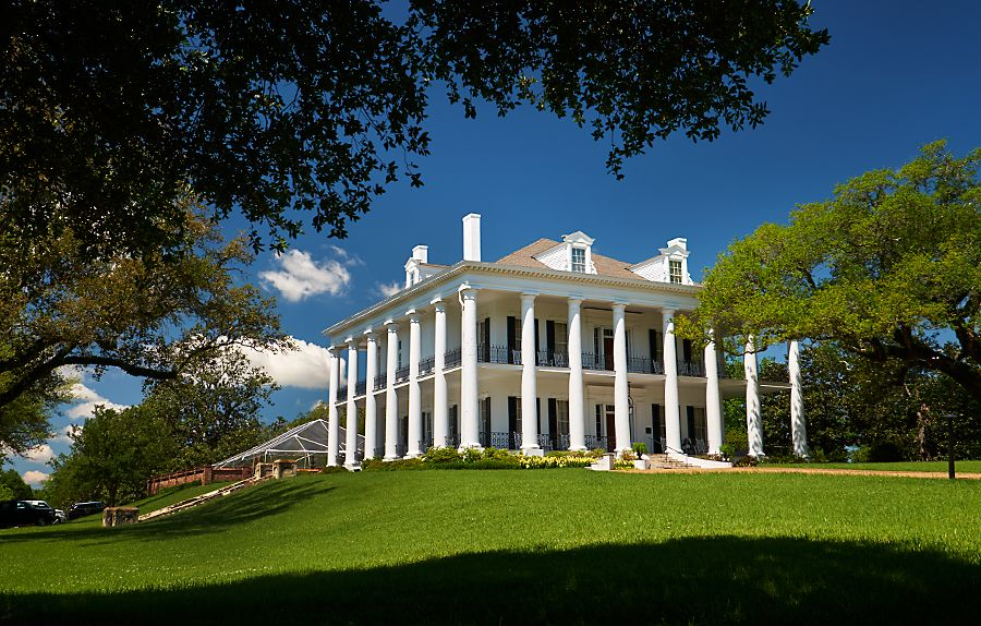 Dunleith. Plantation owners party house in Natchez.