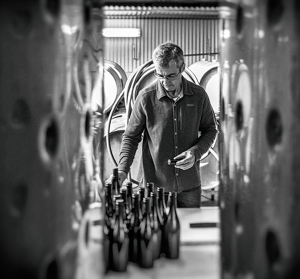 Bryan bottling 'SevenMonths' : Photo © David Reist.